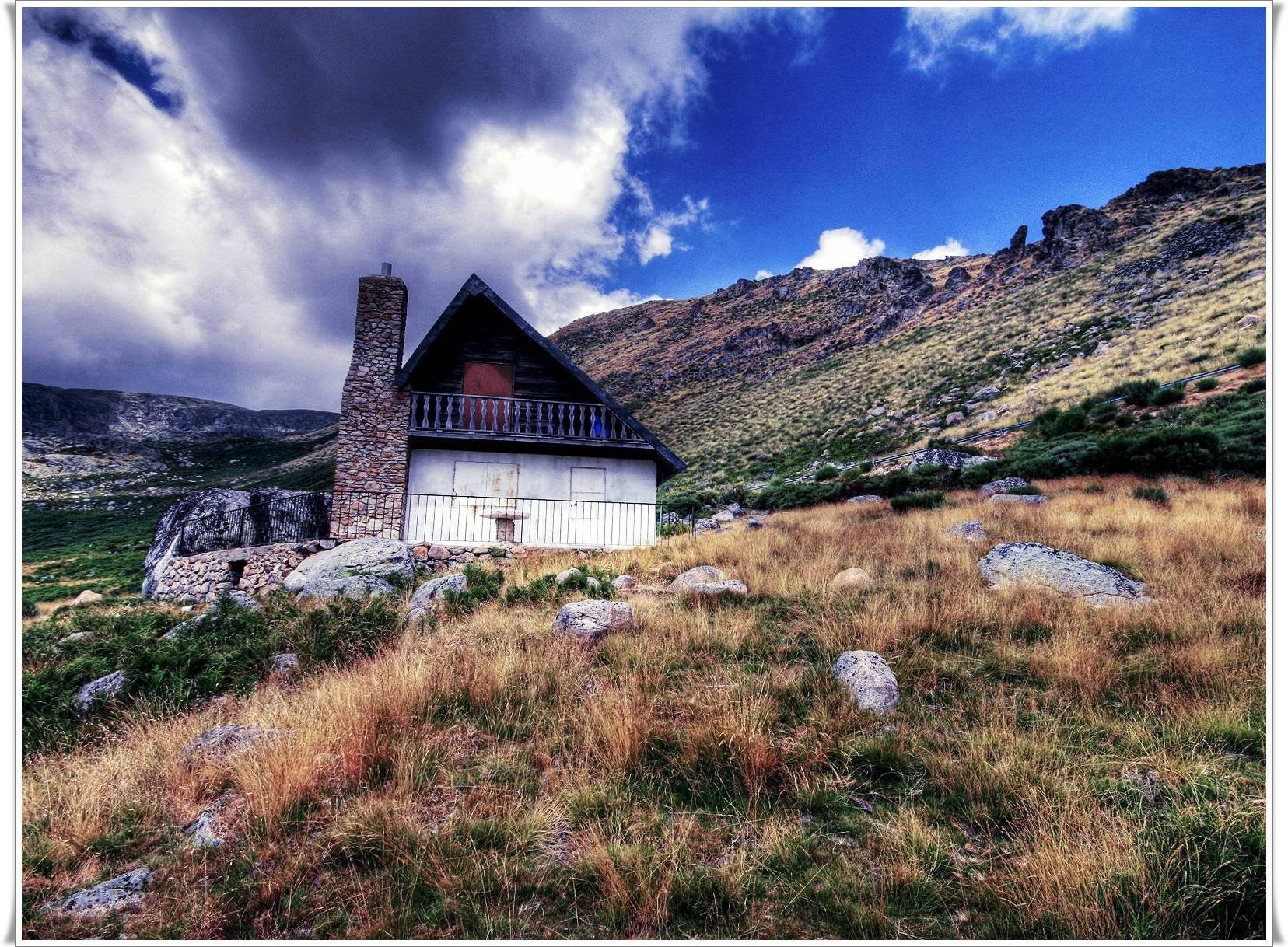 Hd mountain house pictures full hd pictures for House image full hd