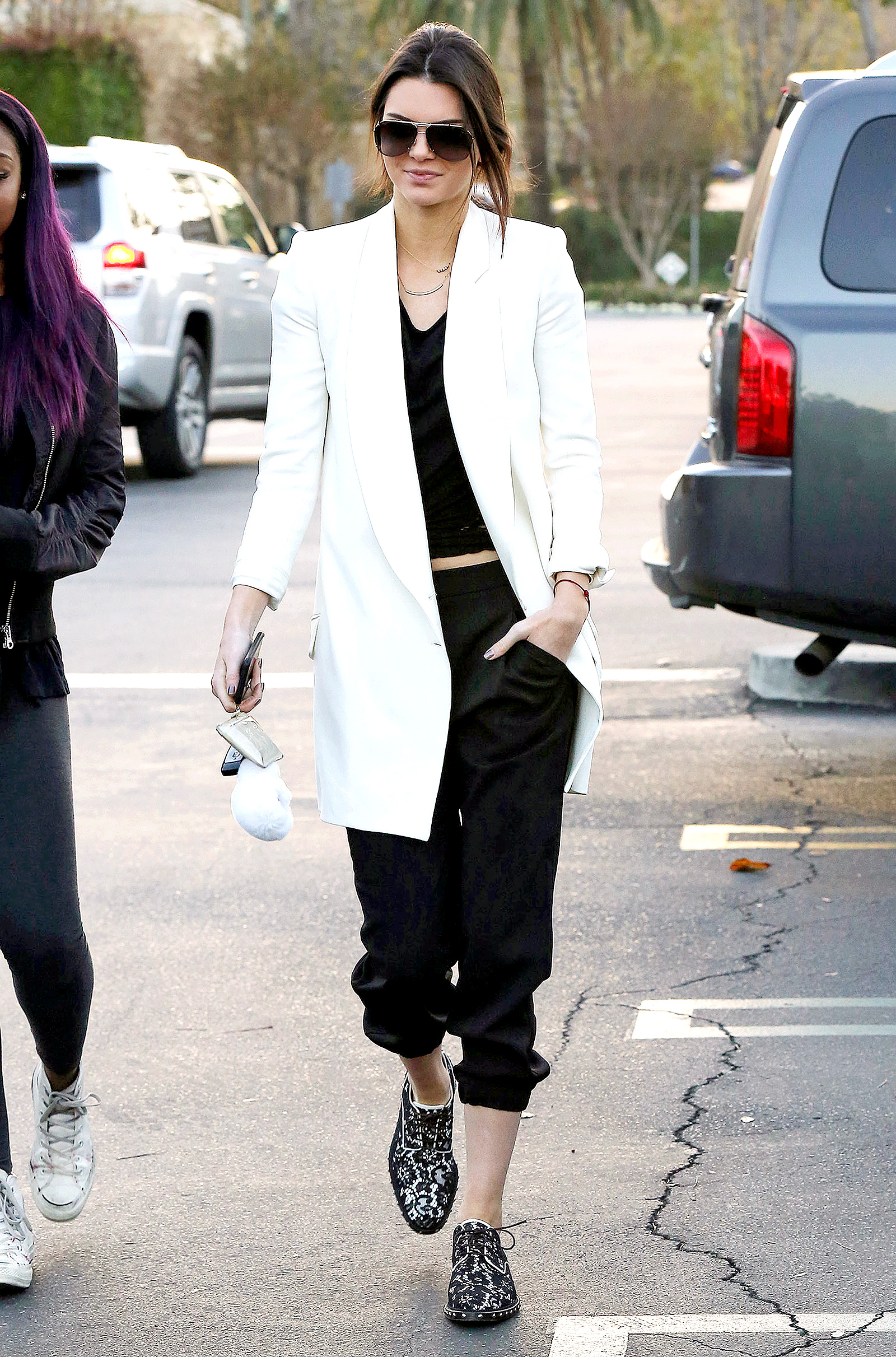 Kendall Jenner Clothing Full Hd Pictures
