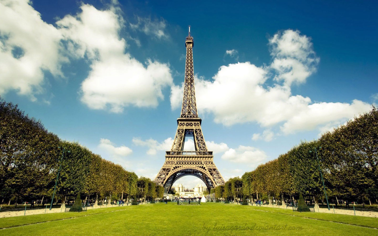 Most Beautiful Eiffel Tower Wallpaper | Full HD Pictures