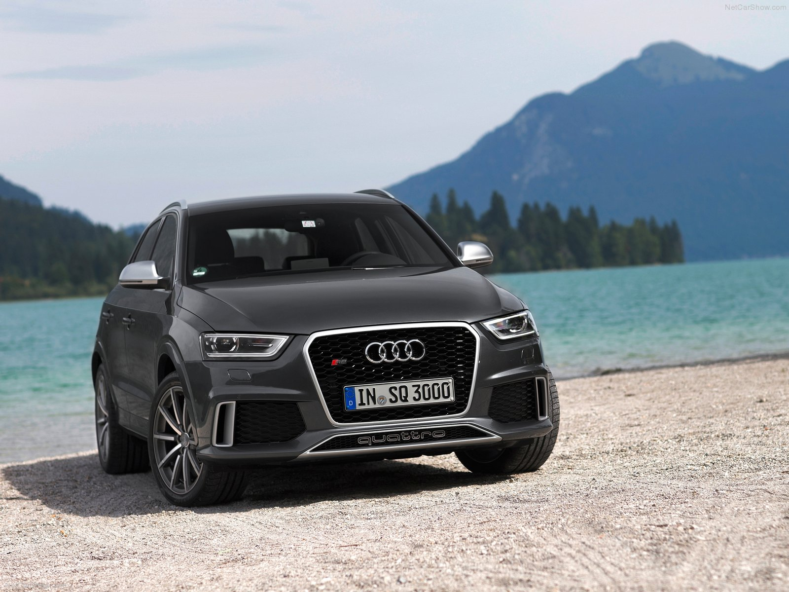 audi rs q3 wallpapers full hd pictures. Black Bedroom Furniture Sets. Home Design Ideas