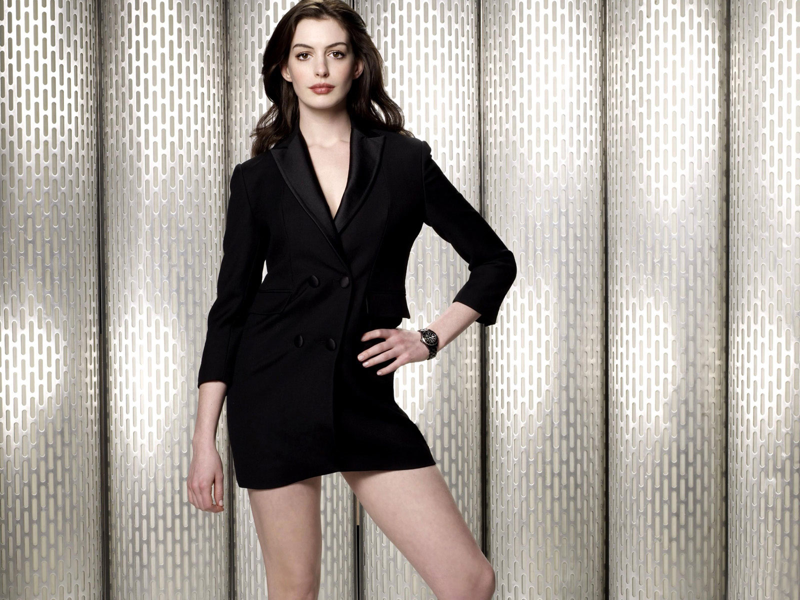 anne hathaway 2015 wallpapers - photo #27