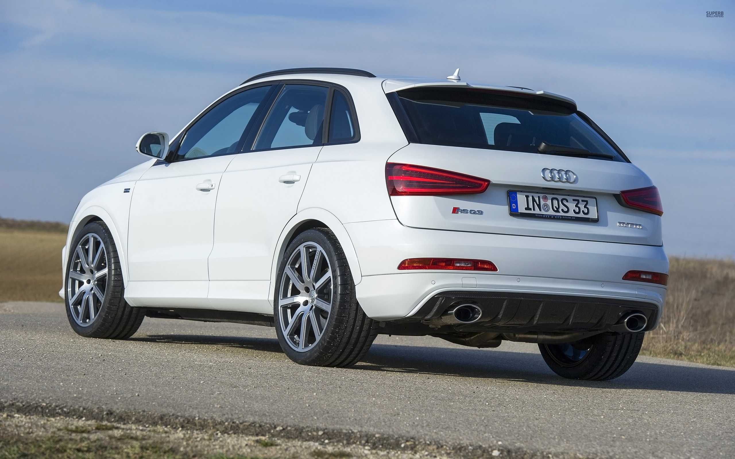 hd audi rs q3 wallpapers full hd pictures. Black Bedroom Furniture Sets. Home Design Ideas