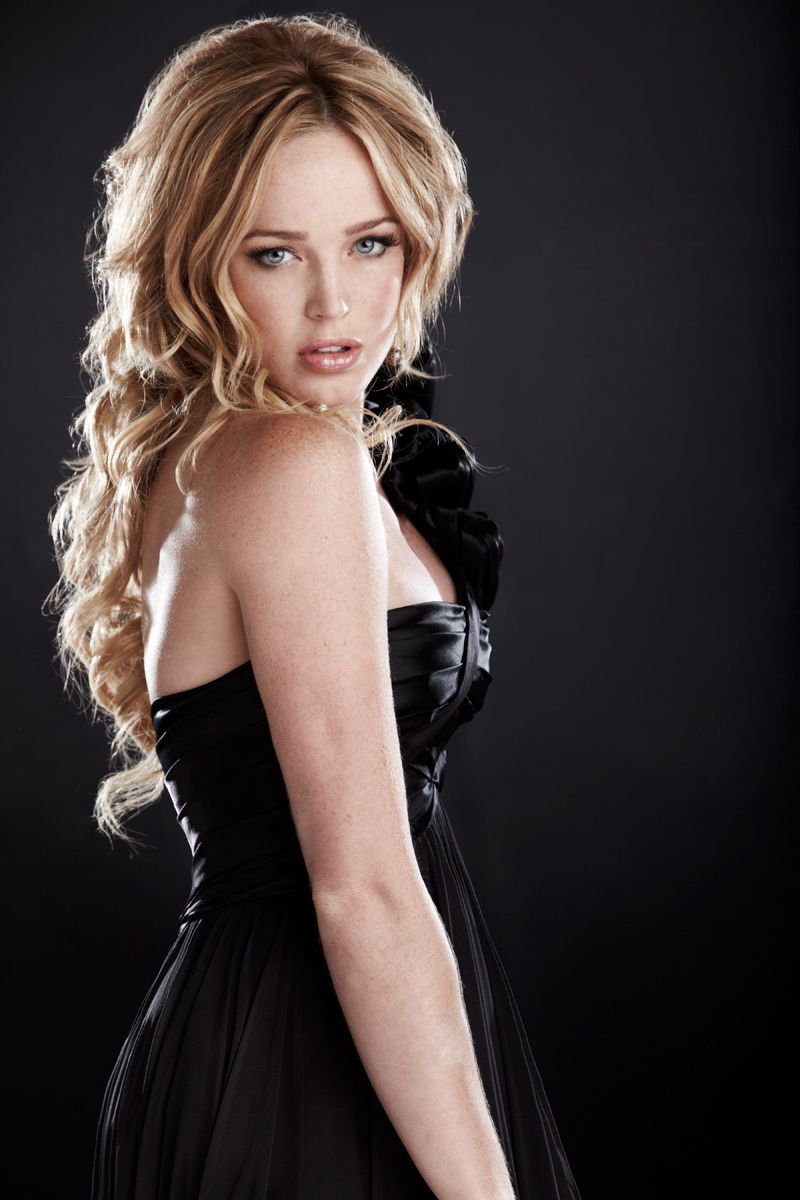 Cute Caity Lotz Photos | Full HD Pictures: fullhdpictures.com/caity-lotz-hq-wallpapers.html/cute-caity-lotz...