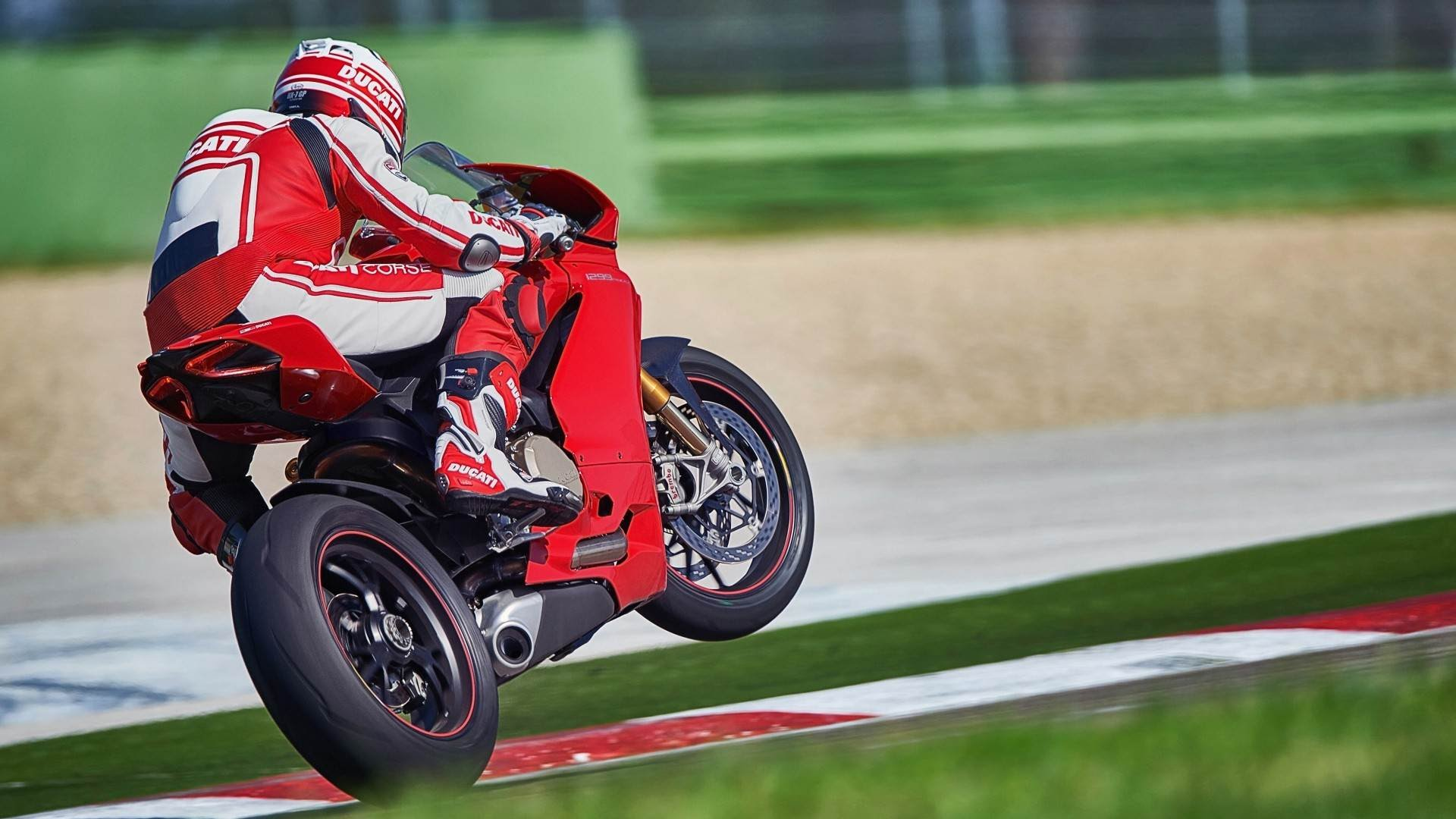 Ducati 1299 Panigale S 4k Wallpapers: Great Ducati 1299 Panigale S Wallpaper