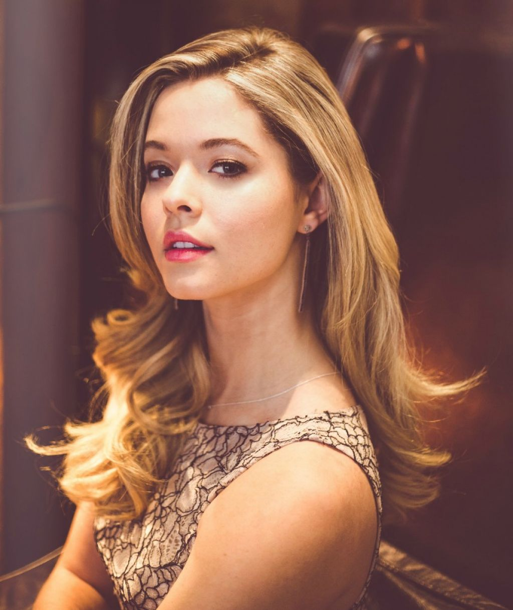 Sasha Pieterse - Home | Facebook