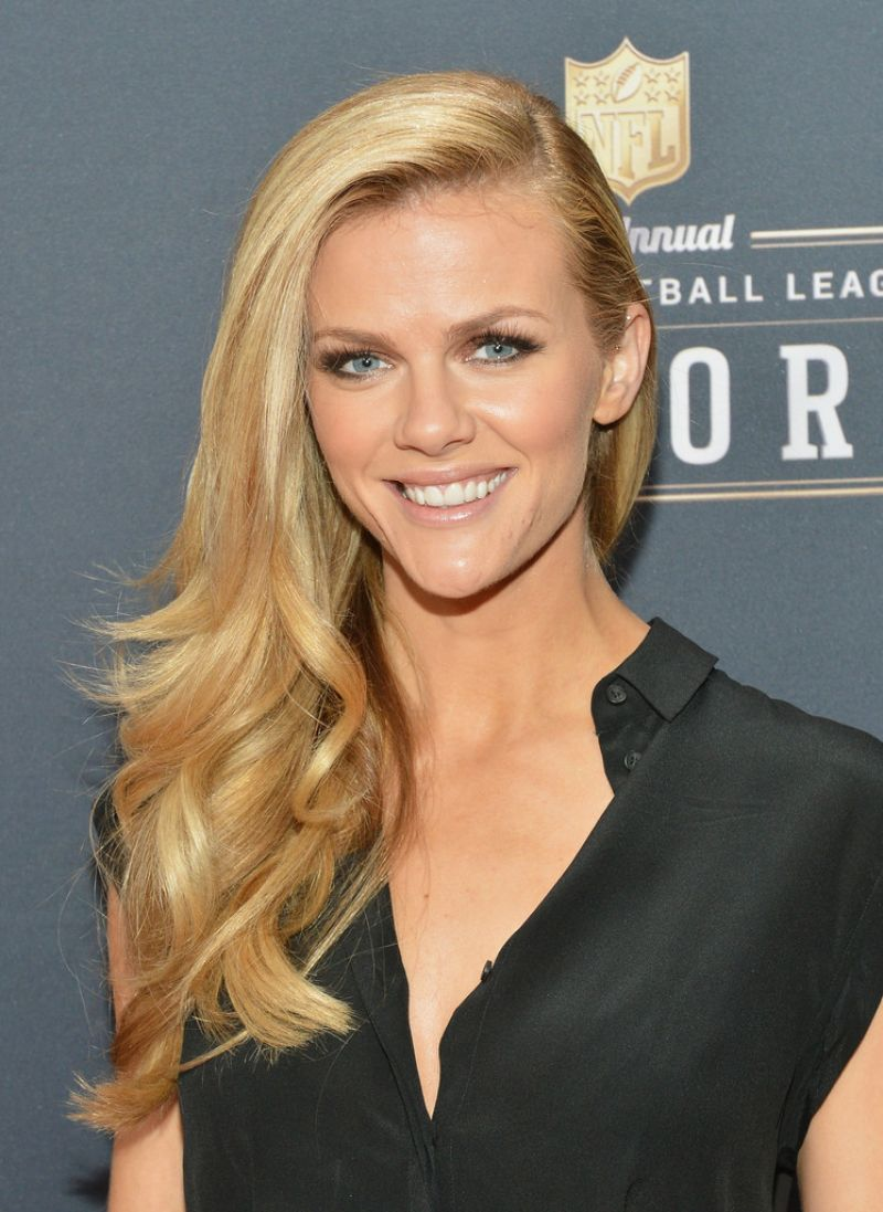Brooklyn Decker Pictures Hd Full Hd Pictures