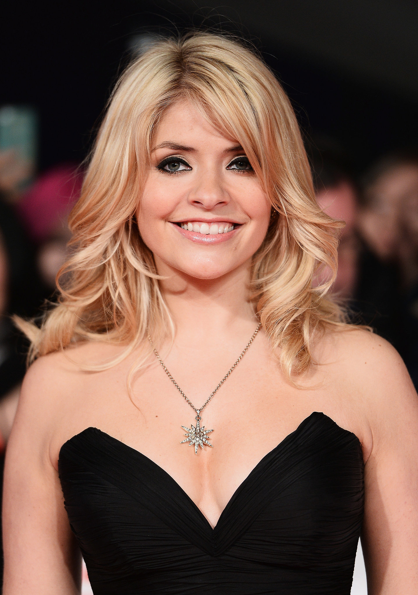 Holly Willoughby Nude Photos 30