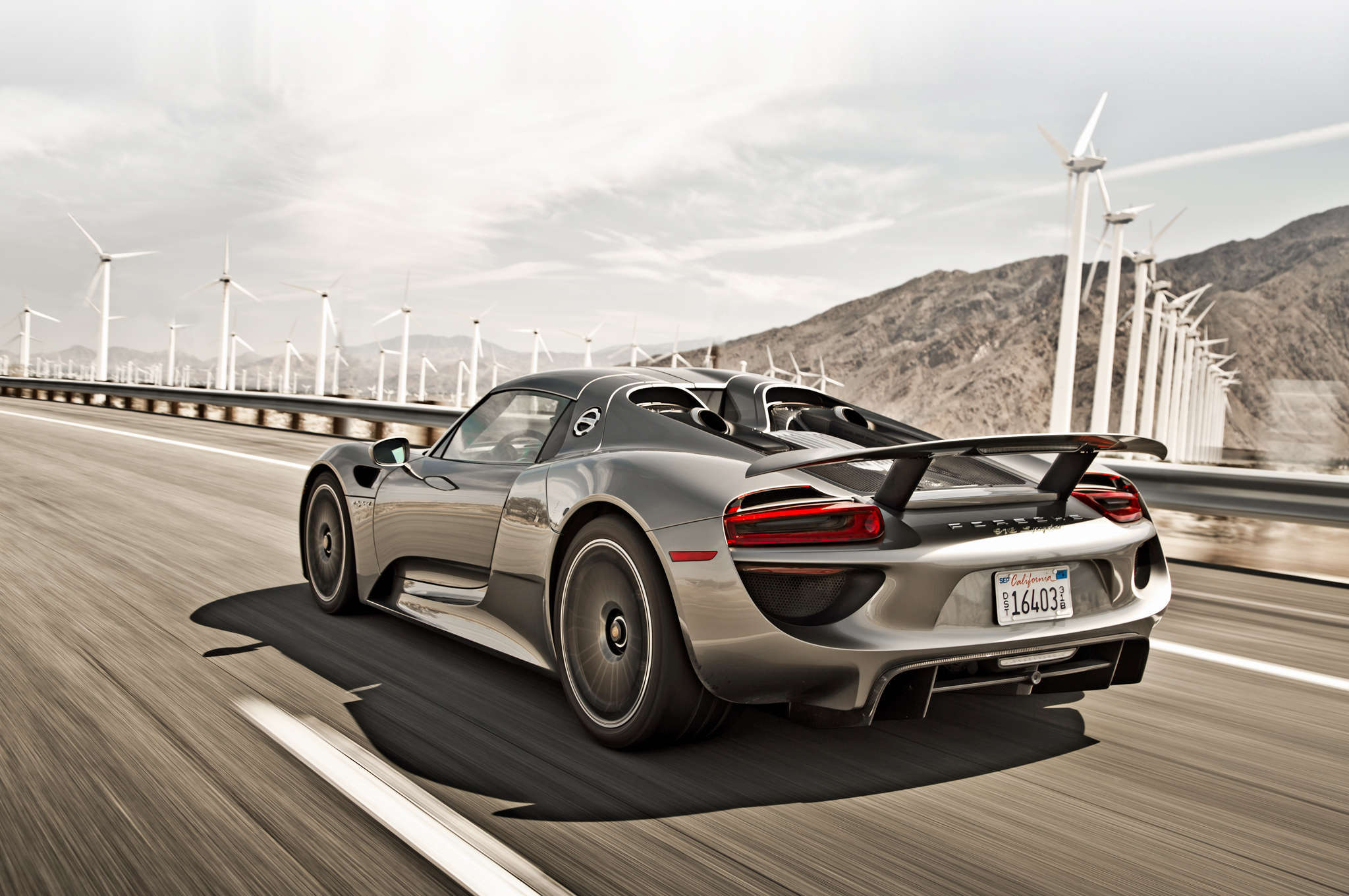 wonderful porsche 918 spyder wallpaper full hd pictures. Black Bedroom Furniture Sets. Home Design Ideas