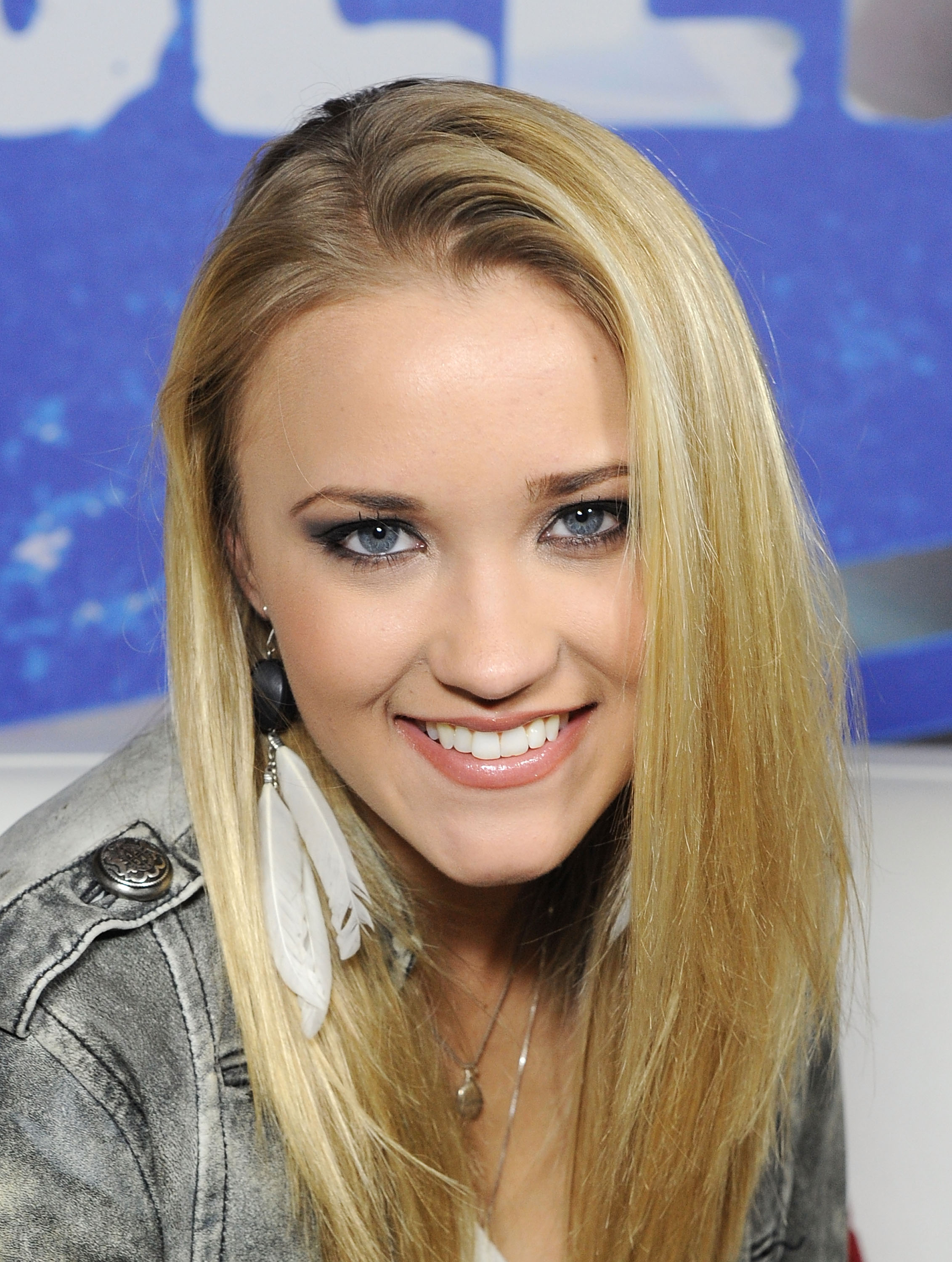 Emily Osment Photos HD | Full HD Pictures