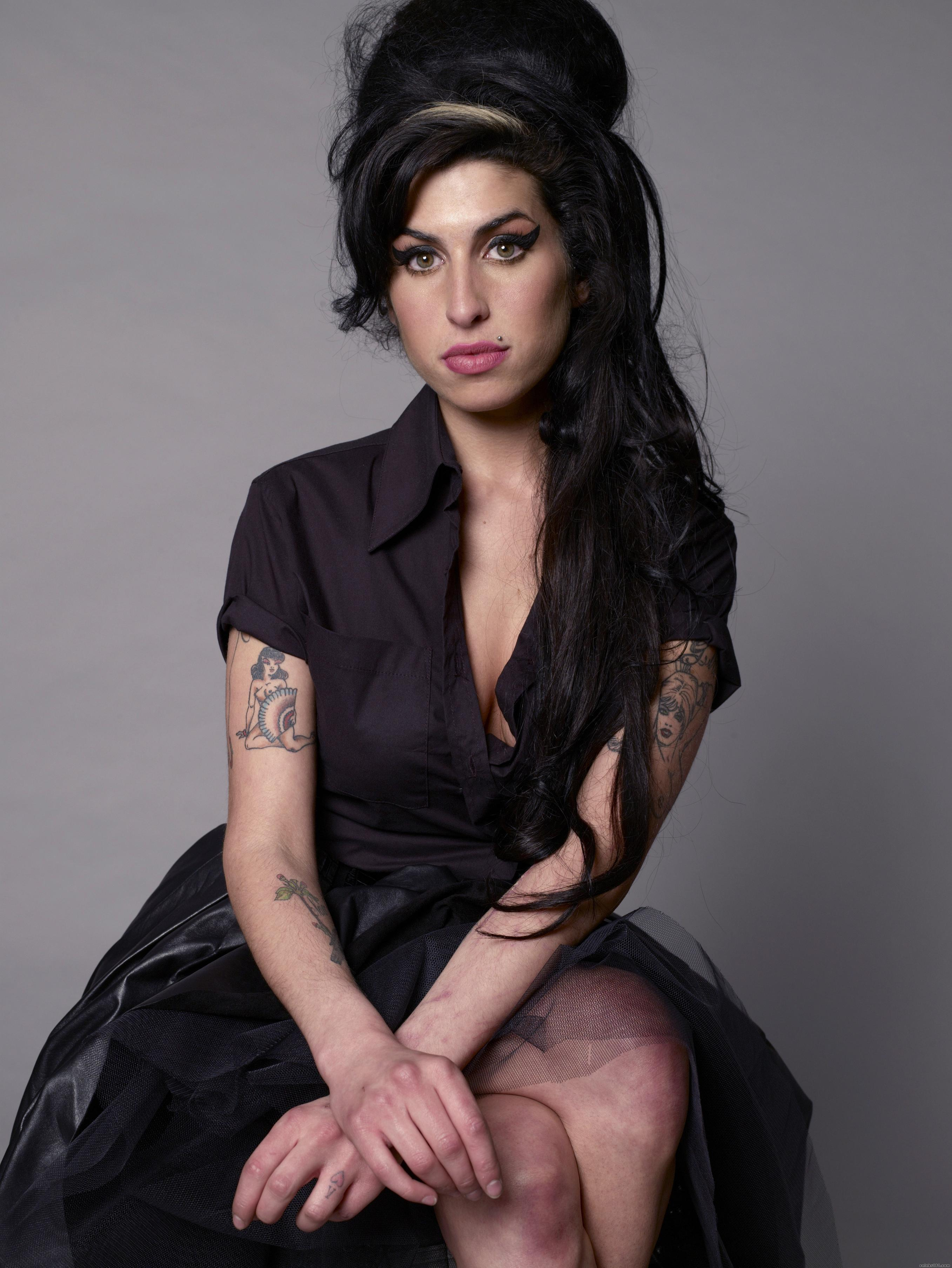 Amy Winehouse Photos HD | Full HD Pictures Amy Winehouse