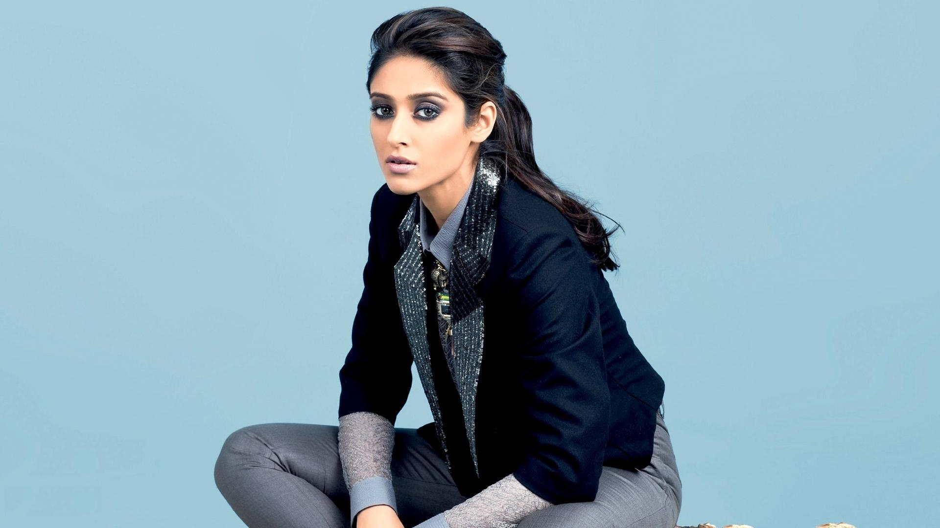 Awesome Ileana D'cruz Wallpaper | Full HD Pictures