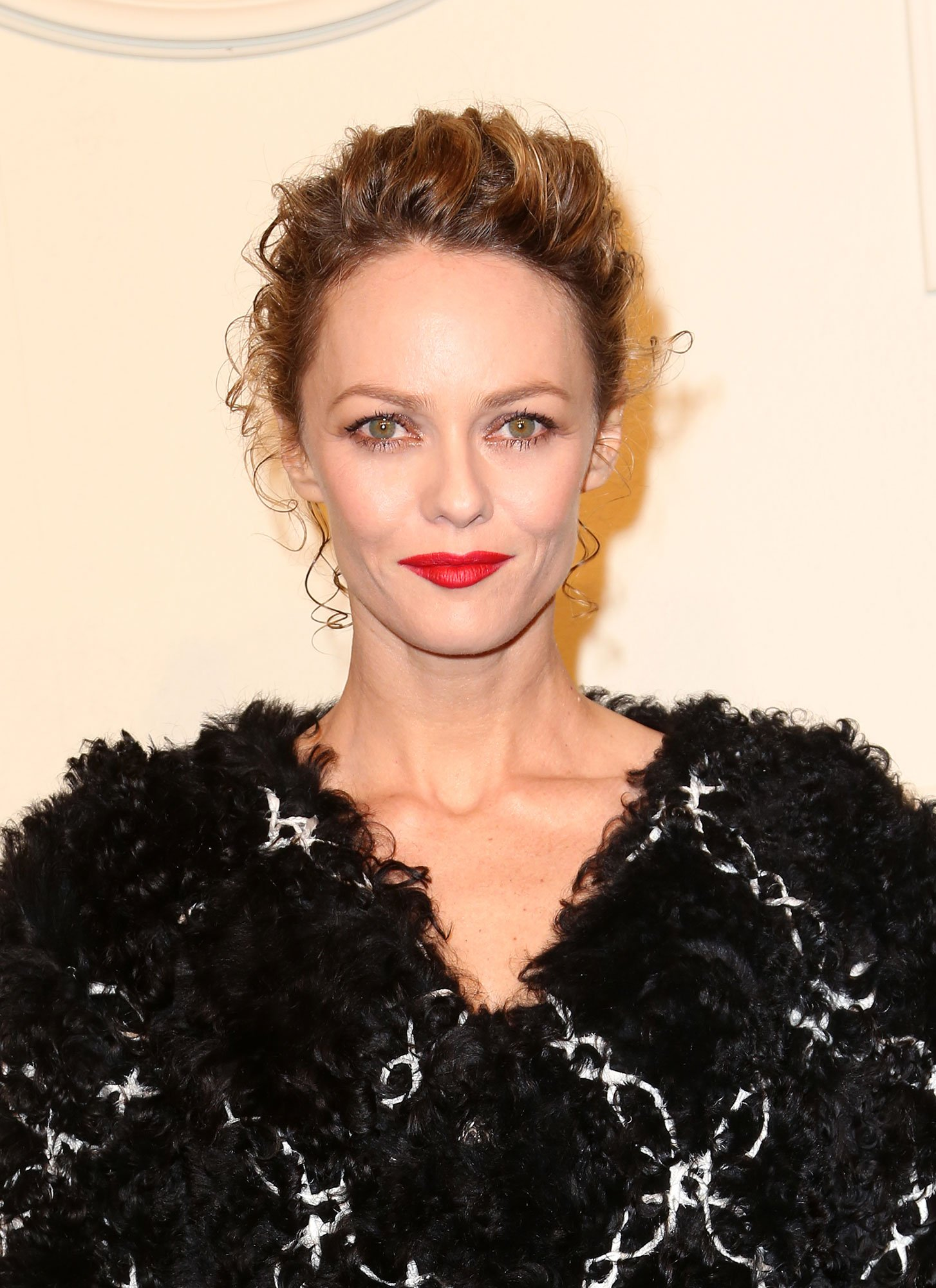 Vanessa Paradis Photos HD | Full HD Pictures Vanessa Paradis
