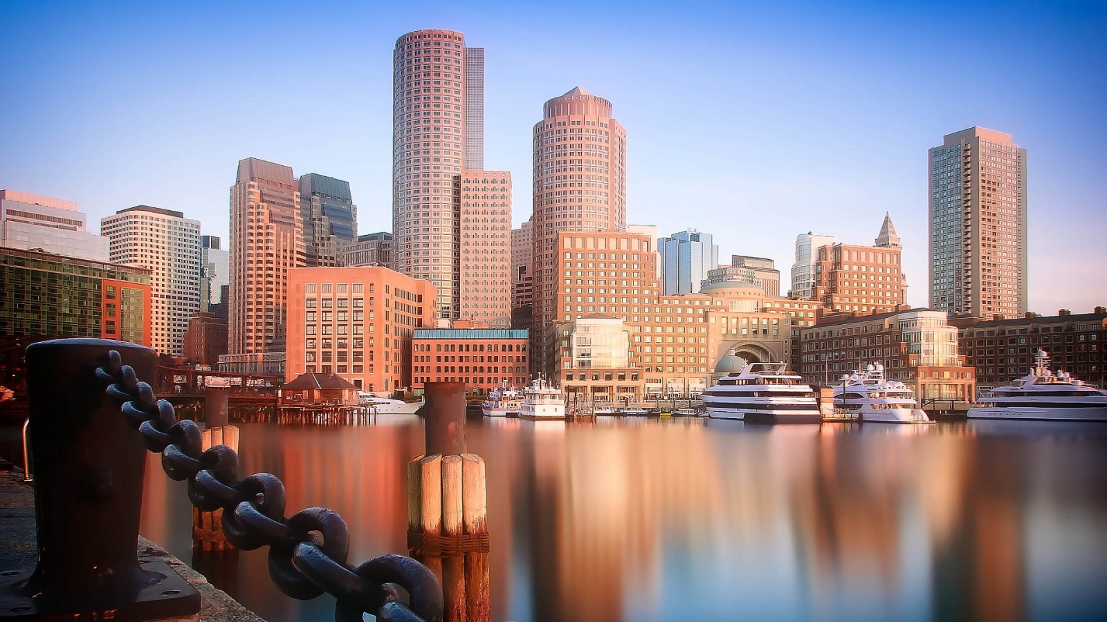 Dec 04, · Boston's source for the latest breaking news, sports scores, traffic updates, weather, culture, events and more. Check out dufucomekiguki.ga
