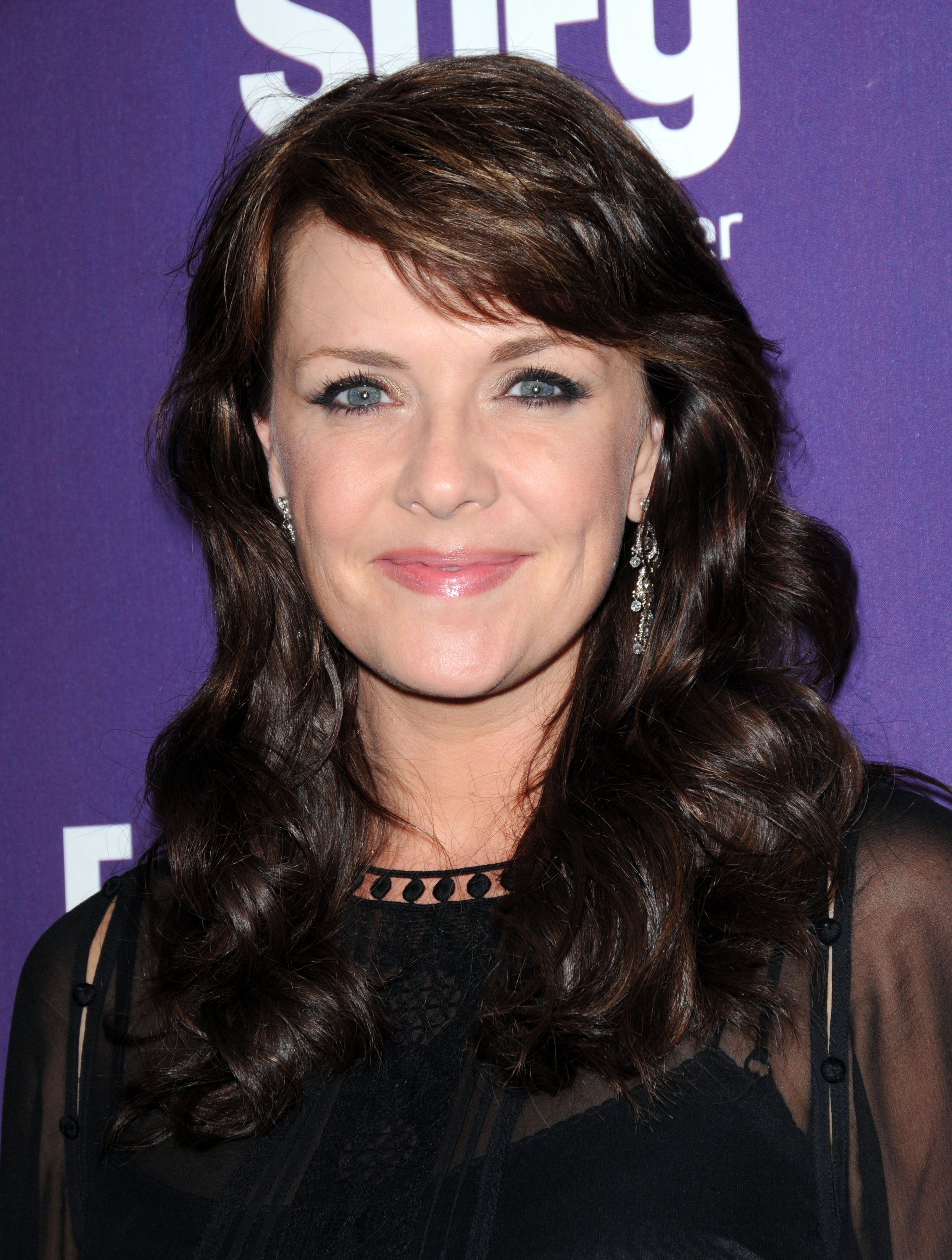 Amanda Tapping Makeup  Full Hd Pictures-2491