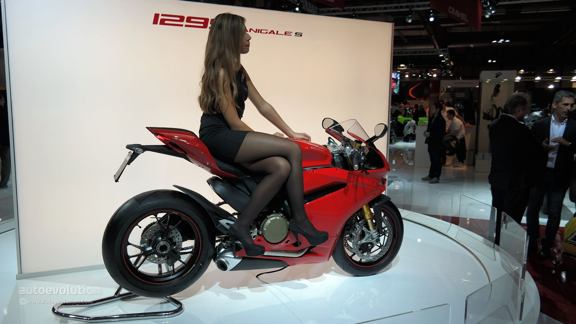 Awesome Ducati 1299 Panigale S Wallpaper