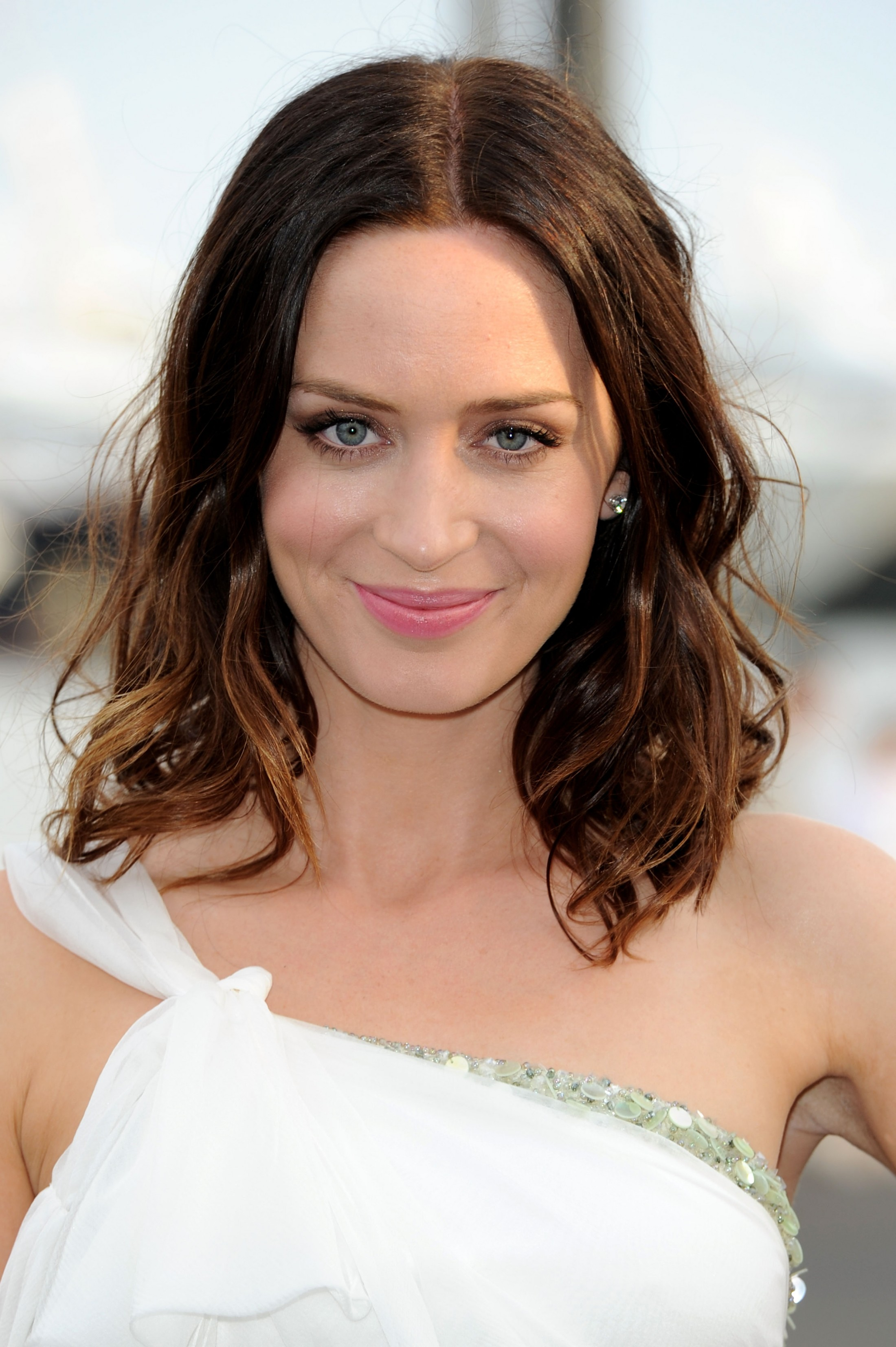 Emily Blunt Pictures H...