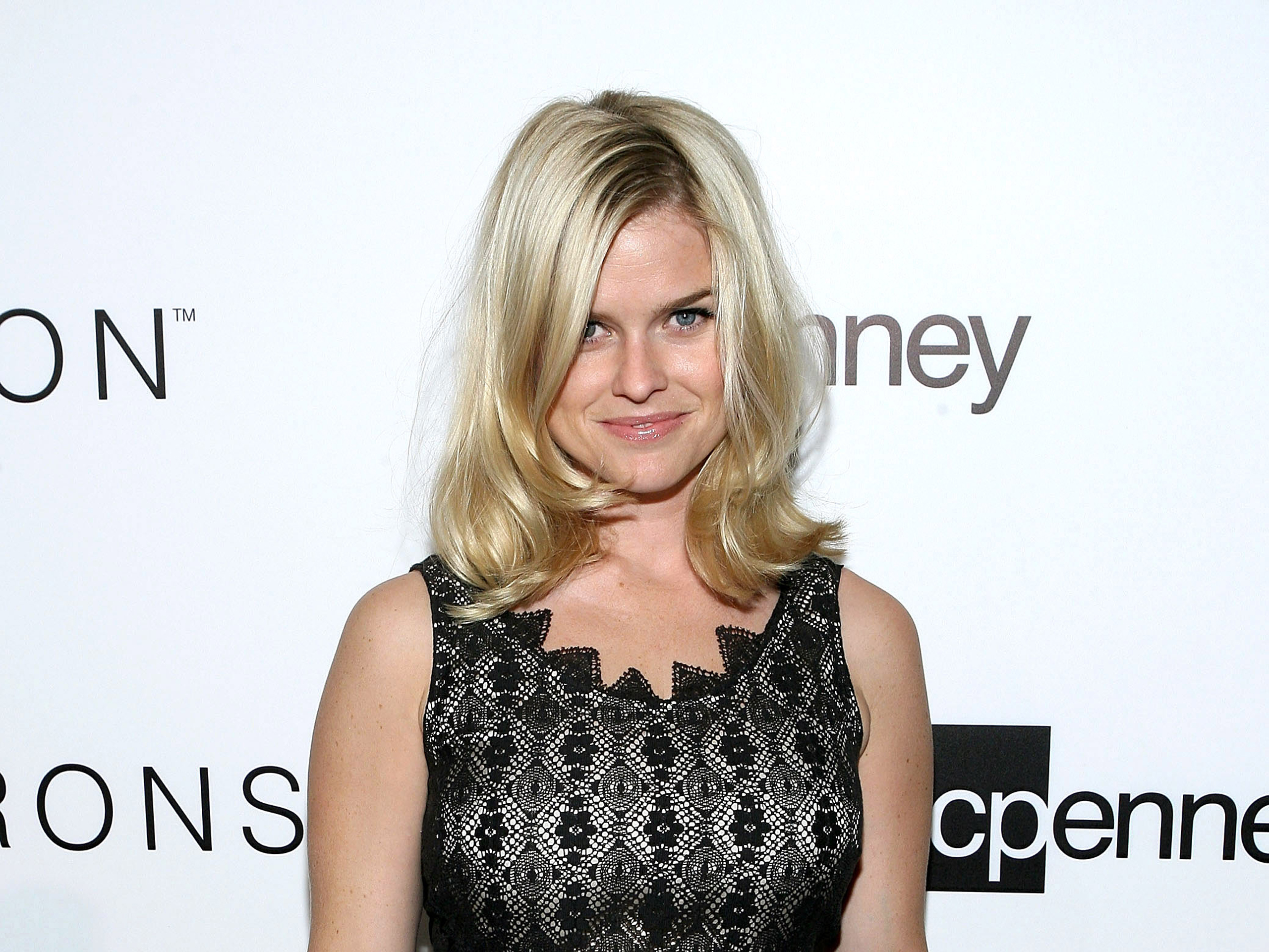 Alice Eve Wallpapers | Full HD Pictures