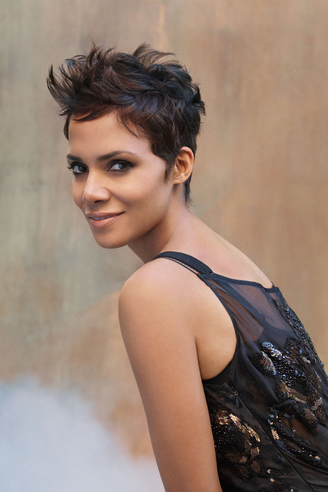 Halle Berry Pictures Hd  Full Hd Pictures-7704