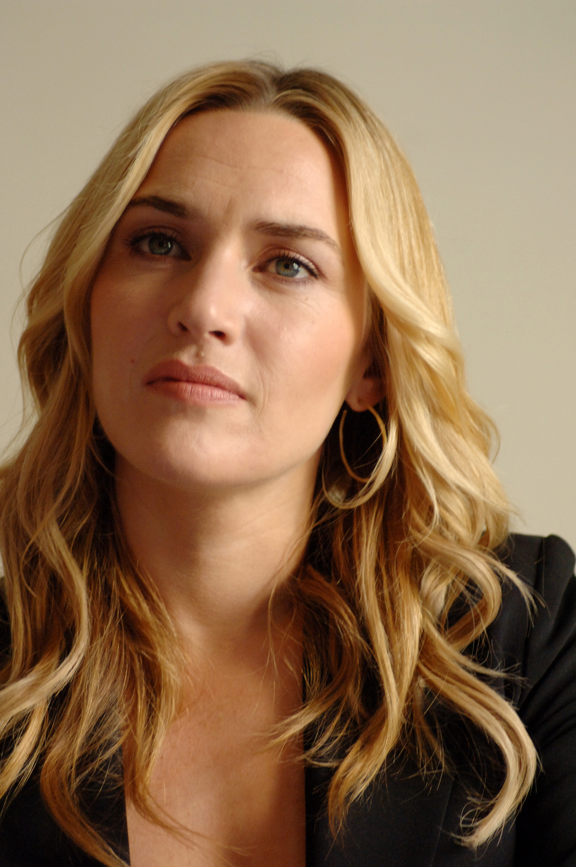 Kate Winslet Pictures   Full HD Pictures