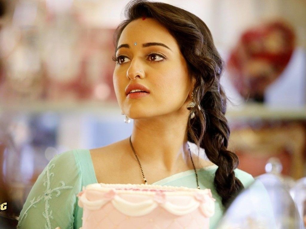 Sonakshi Sinha Hd Photos  Full Hd Pictures-4693