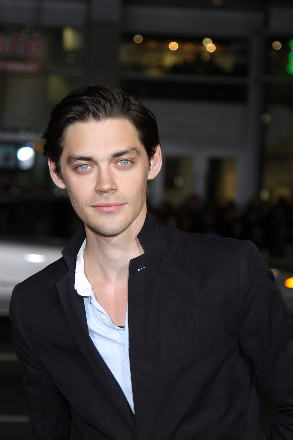 Tom Payne Actor The Walking Dead Tom Payne was born on December 21 1982 in Chelmsford Essex England He is an actor known for The Walking Dead 2010