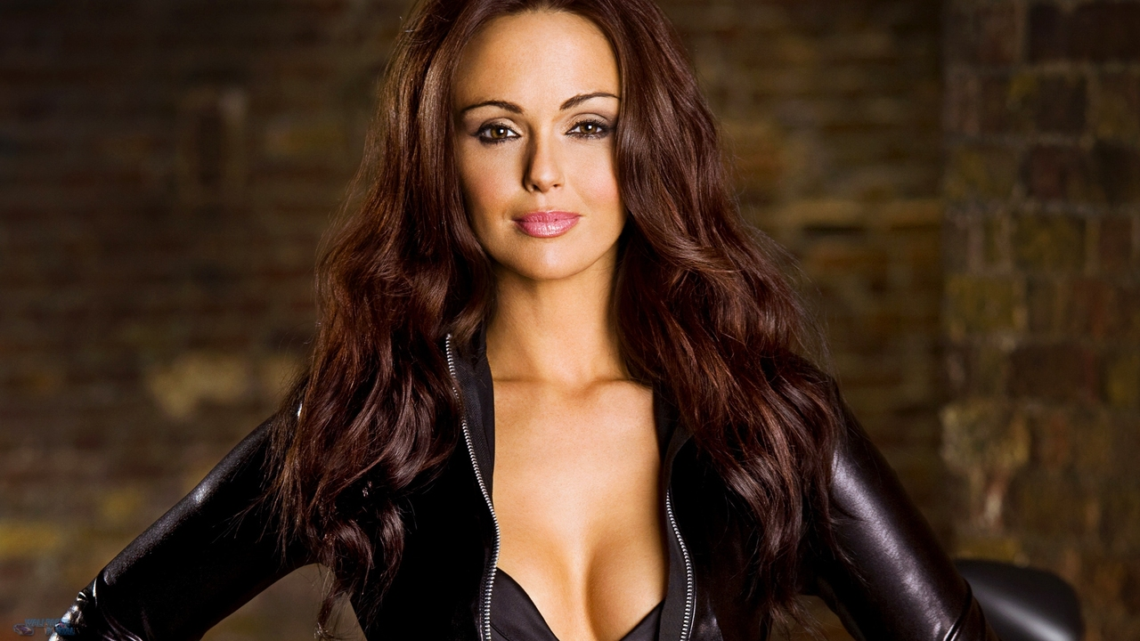 Jennifer Metcalfe Background Full Hd Pictures