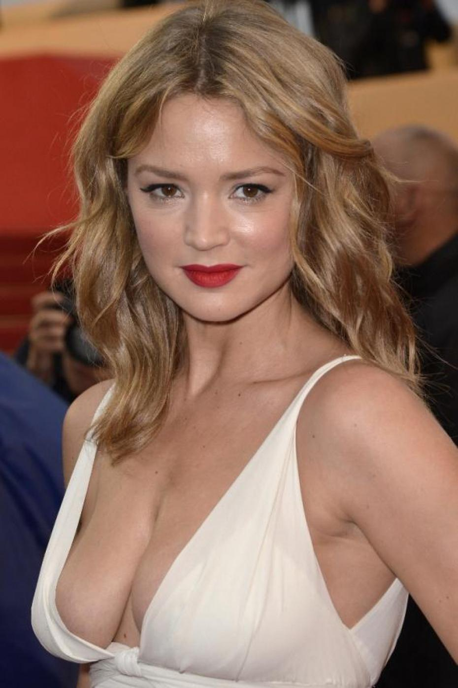 Virginie Efira Photos   Full HD Pictures