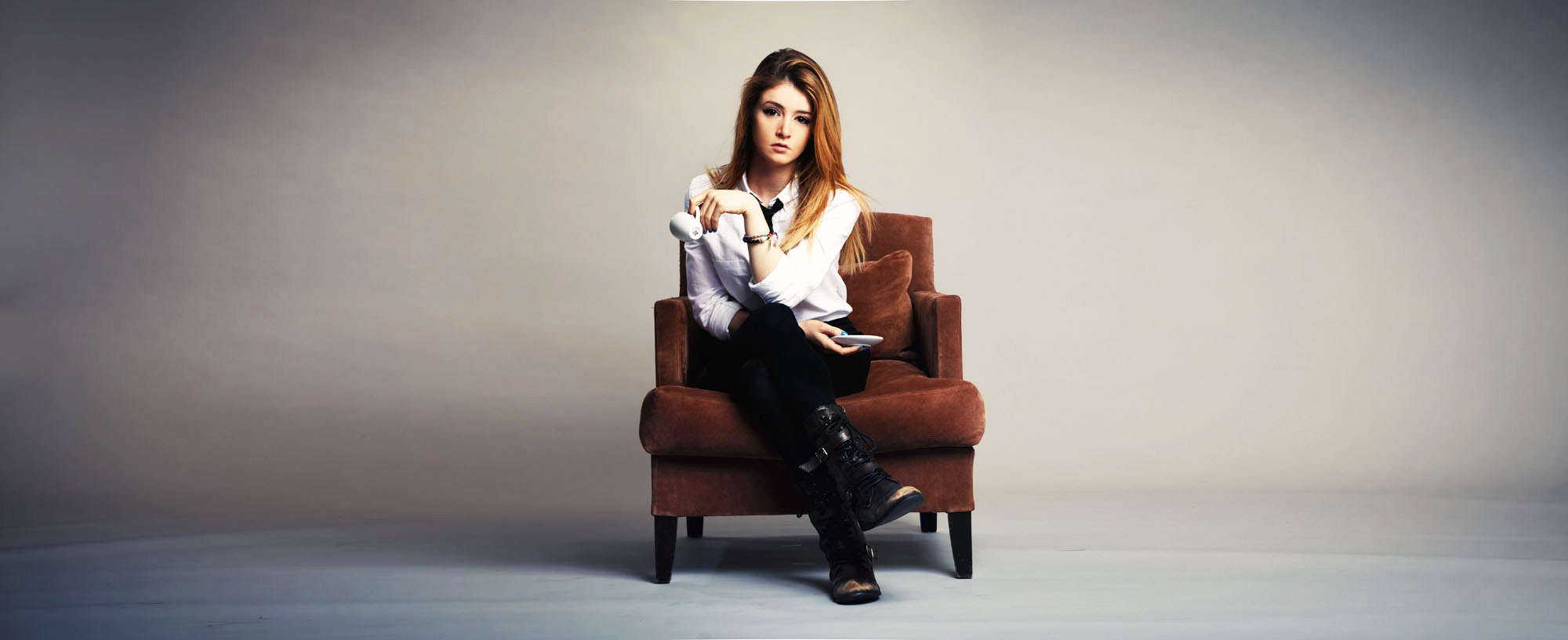 Awesome Chrissy Costanza Wallpaper